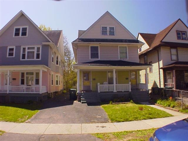 House For Rent In 15 17 Sawyer St Rochester Ny